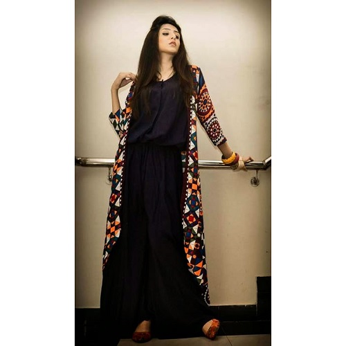 3aa0799684e9 Stylish-Eid-And-Party-Wear-Long-Shirts-For-Girls-By-Maverick-From-2014-14